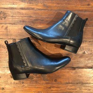 Banana Republic sz 8.5 Chelsea boots